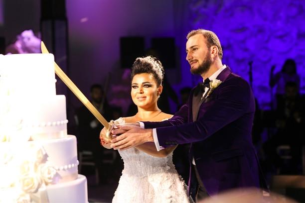 Aslı Tarcan ile Uğur Aslan görkemli bir törenle evlendi!